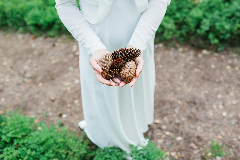 pine cones wedding