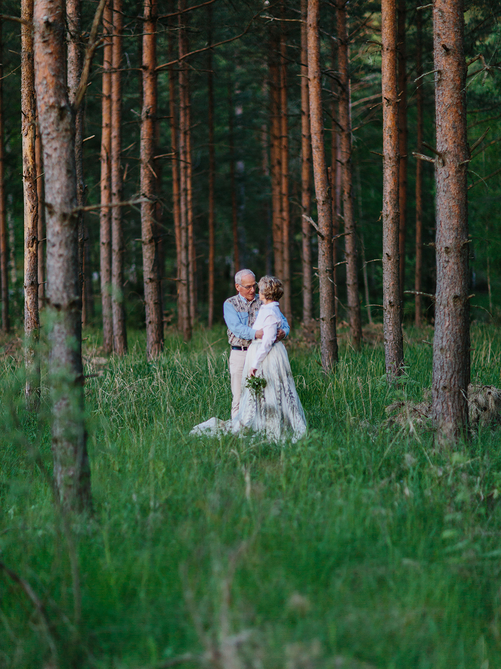 engagement session forest
